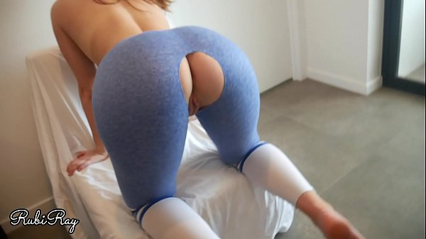 Step Sister Fucked Doggy in Her Ripped Yoga Pants